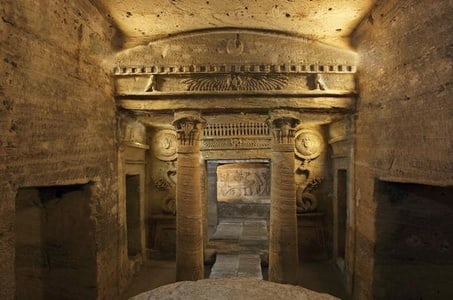Discover Alexandria: Day Tour from Cairo to Catacombs of Kom El Shoqafa Pompeys Pillar National Museum and Montaza Gardens with Lunch