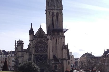 Private Tour: Rouen, Bayeux and Falaise Day Trip from Bayeux
