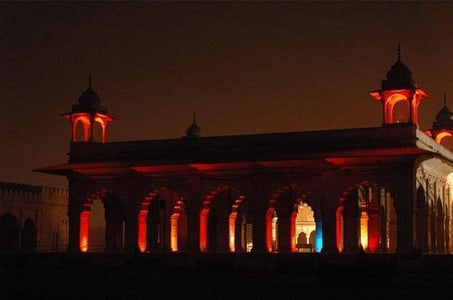 Red Fort sounds and lights show with dinner and private transportation