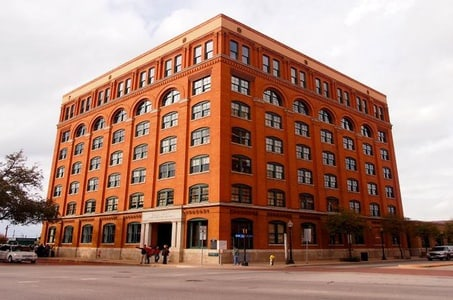 Sixth Floor Museum at Dealey Plaza