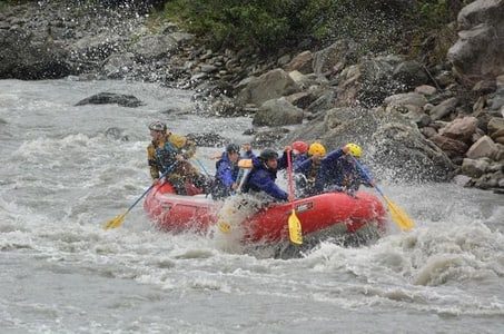 CANYON RUN PADDLE RAFT WHITEWATER RAFTING