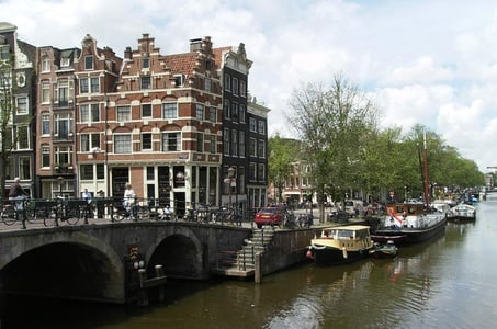 Walking tour of 2 hours of the highlights of Amsterdam
