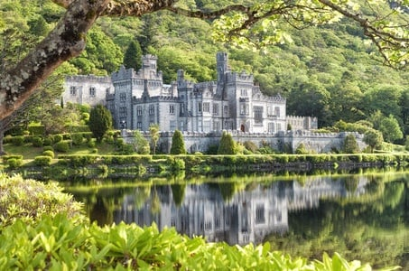 Connemara Day Trip from Galway: Kylemore Abbey and Ross Errilly Friary