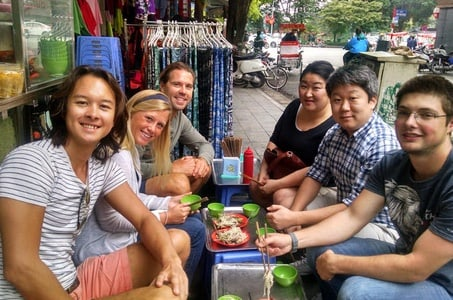 Hanoi Vegetarian Food Tour by Motorbike or Walking Option