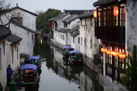Private Day Tour to Zhouzhuang Water Town from Shanghai