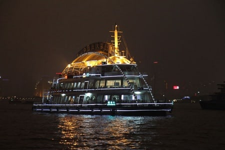 The Huangpu, Shanghai's Longest River: Night Cruise