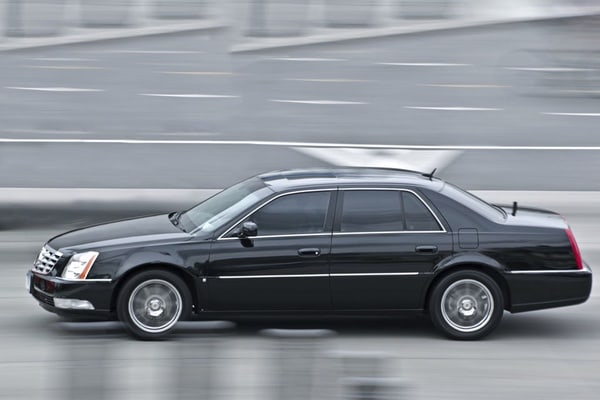 Shanghai Pudong Airport to Shanghai: Private 1-Way Transfer
