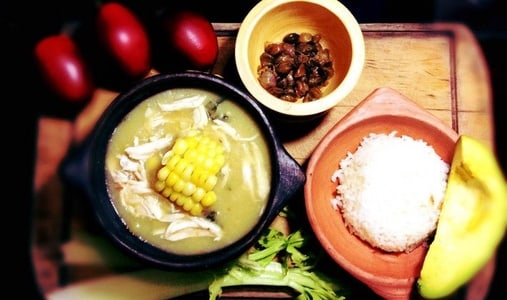 Class: Cook a traditional colombian Food