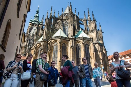 Best of Prague By Foot and Bus, and 1-Hour River Cruise