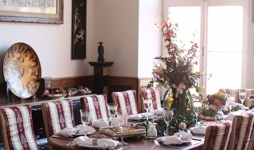 Stylish lunch in the privacy of the Savoia Castle