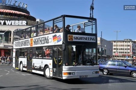 Berlin Hop-on Hop-off Bus Tour with Live Commentary