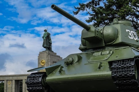 Soviet Berlin compact - private tour