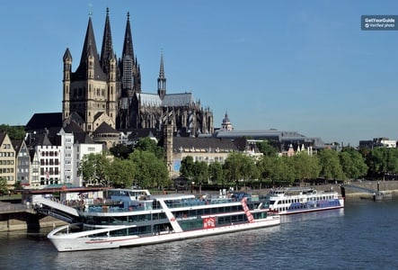 Cologne Hop-On Hop-Off Bus Tour and Boat Cruise
