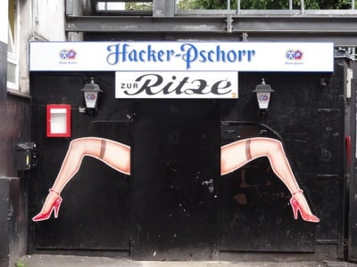 Hamburg: Reeperbahn 2.5-Hour Guided Tour (Adults Only)