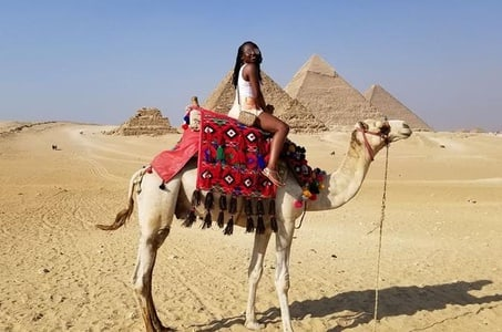 Layover in Cairo Visit Giza Pyramids ,Egyption museum and Khan El Khalily Bazar