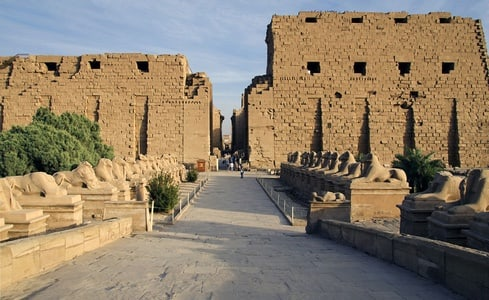 Valley of the Queens and Karnak Temple Tour from Hurghada