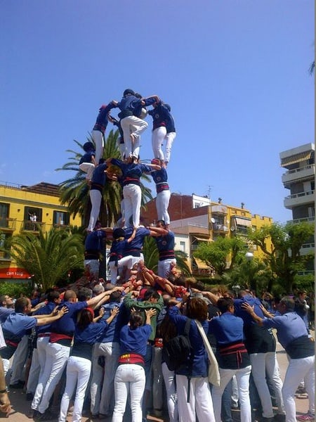Vin et Cava Dégustation & Human Towers Tradition Day…