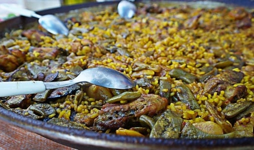 Enjoy paella & tapas Workshop in the old town
