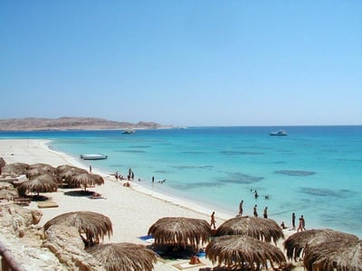 Hurghada Day Trip to Giftun Island with Snorkeling