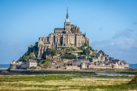 From Paris: Full-Day Mont Saint-Michel Guided Tour