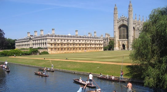 Oxford and Cambridge Small Group Day Tour