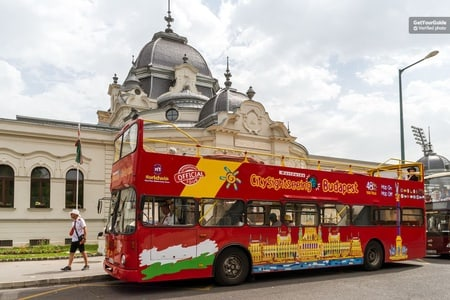 Budapest: Hop-On Hop-Off Tour