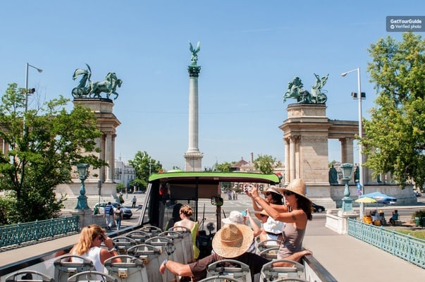 Budapest Hop-On Hop-Off 48-Hour Sightseeing Package