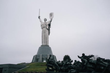 WWII Museum and The Motherland Monument 3-Hour Tour from Kiev