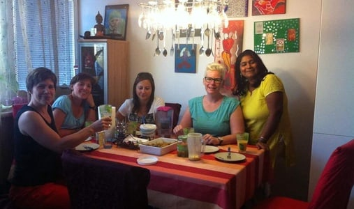 Try Meal High tea with local family in Delhi India
