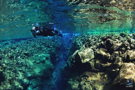 .Golden Circle And Snorkeling