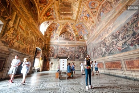 Skip the Line: Vatican, Sistine & St Peter's Small Group