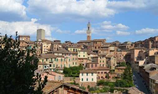 Private walking tour in Siena and Bakery