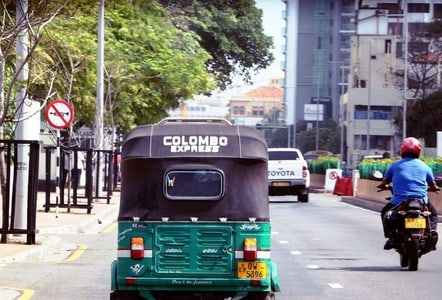 Colombo: By Tuk Tuk Small Group Tour with a Local Guide