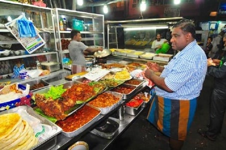Explore Colombo By Night With Street Food Experience In TUK TUK( GUIDED)