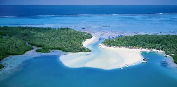 Mauritius: 6-Hour Ile aux Cerfs Island Tour with Lunch