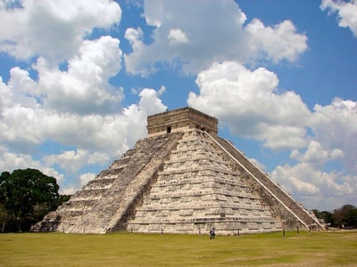 From Merida: Chichen Itza Full-Day Tour & Drop-off in Cancun