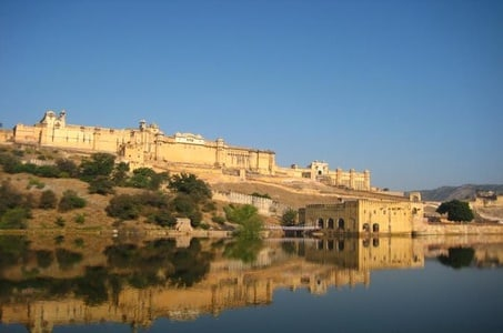 Full-Day Jaipur Tour including Amber Fort and City Palace with Lunch