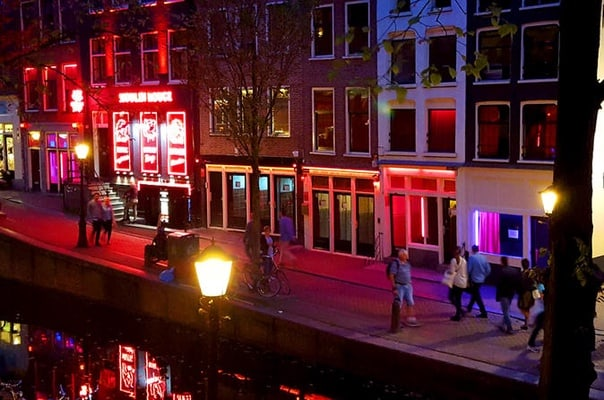 Light district amsterdam walking tour with a local insider red light district amsterdam walking tour with a local insider sciox Image collections