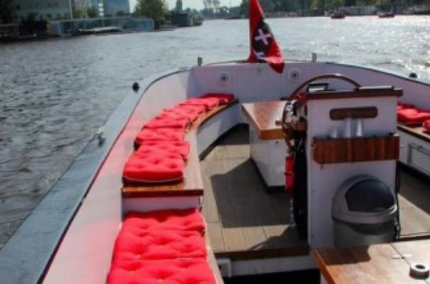 Small Boat Party