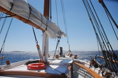 Full-Day Cruise to Delos and Rhenia from Mykonos