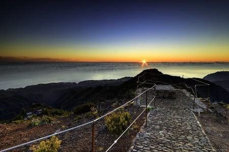 Highest Peaks Madeira Sunrise 4x4 Tour