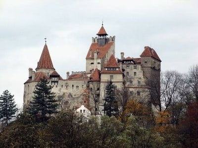 Visite privée: Full-Day Dracula Castle & Castle Peles