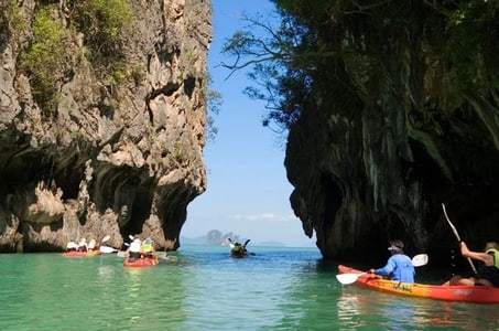 Hong Island Tour by Longtail Boat with Snorkeling and Kayaking Option