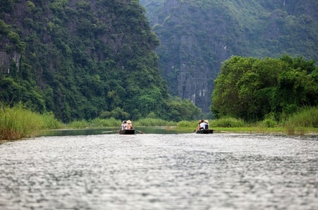 Ninh Binh - Hoa Lu Tam Coc Trang An - Superb day Tour by Limousine from Hanoi