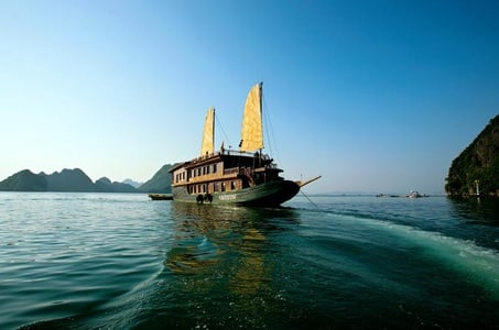 Two nights on the Bay- Superior Junk from Ha Long