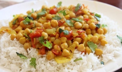Vegetarian Chickpea Curry (Chole)