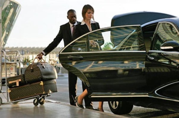 Low Cost Private Transfer From London City Airport to Bromley City - One Way