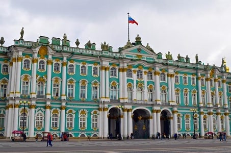 Guided Small-Group State Hermitage Museum Tour in Saint Petersburg