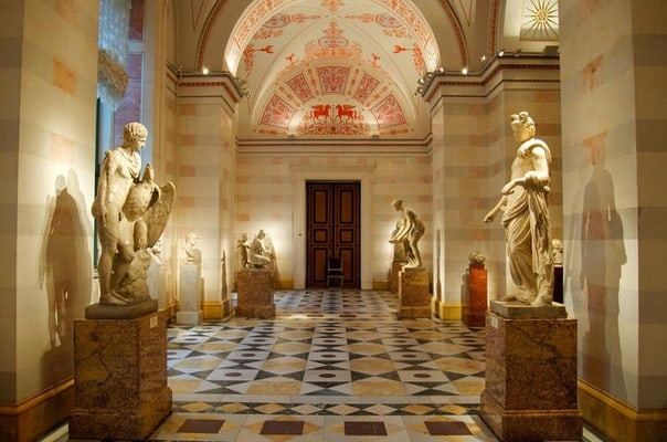 Skip-the-Line Hermitage Museum Tour in Small-Group