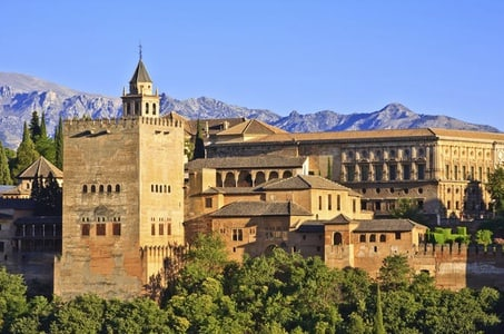 6-Day Andalucia Tour from Lisbon to Madrid: Cordoba, Seville, Costa del Sol, Granada, Madrid